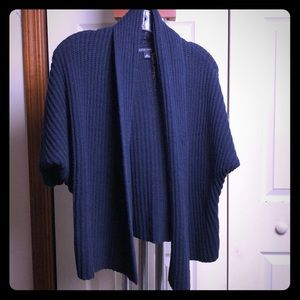 Sweater navy blue 3/4 length sleeves size large